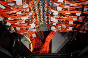 Первый в мире петафлопный суперкомпьютер уходит на пенсию